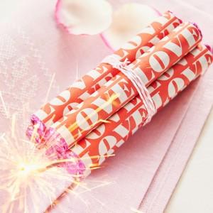 02_Valentine_bomb_3581